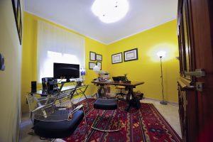 Marra Urso Legal - Yellow room
